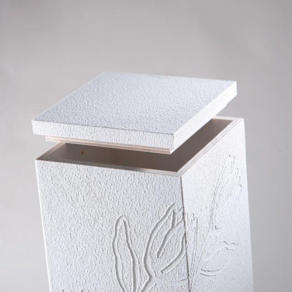 Uurna / Elämän kaari - Valkoinen-726