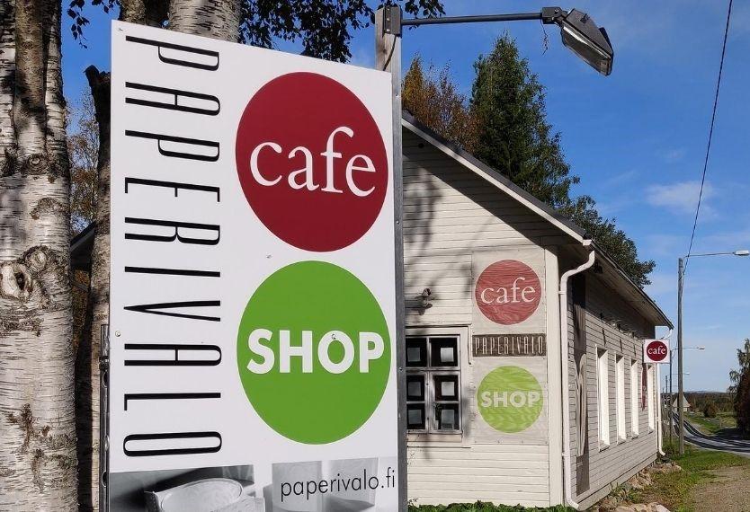 Shop & cafe palvelevat normaalisti